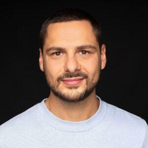 Porträt Ertan Wittwer Startup Bestsmile